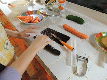 как сделать в домашних условиях роллы без коврика