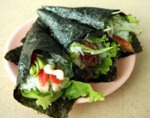 Распространенные виды роллов и суши