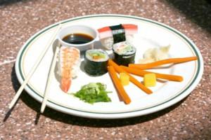 Суши и роллы отличие