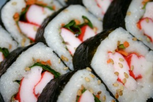 Суши и роллы разница